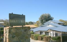 Banjos Way 1, Jindabyne - 4BD/3BA/10 Guests