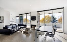 Edge 7, Jindabyne - Living Room