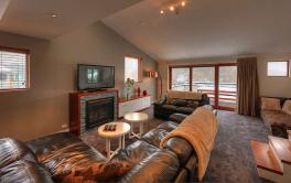 Elevation 1, Thredbo - 3BD+L/3BA/8 Guests