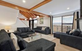 Kestrels Rest 1, Jindabyne - Living Room