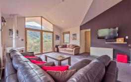 Lhotsky 4, Thredbo - 4BD/3BA/8 Guests