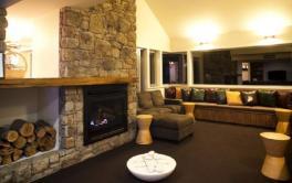 Kooloora Lodge, Perisher - Lounge Area