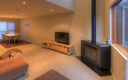 Snow Stream 7, Thredbo - 3BD/2BA/6 Guests