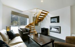 Snowgoose Apartments, Thredbo - Studio Loft Apartment