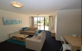 Tanderra 2, Jindabyne - Living Room