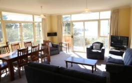 Twin Seasons 5, Jindabyne -  3BD/2BA/10 Guests