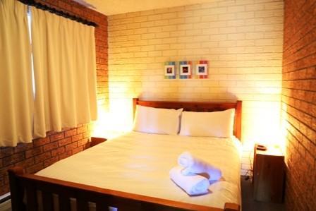 Blue Gums 1, Jindabyne - Bedroom 1