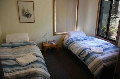 11 Townsend St, Jindabyne - Bedroom 2
