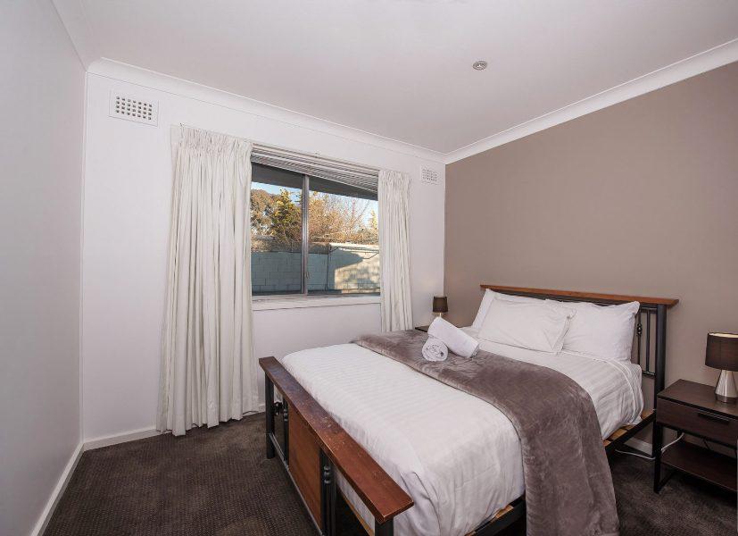 12 Gippsland St, Jindabyne - Bedroom