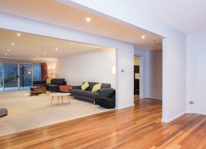 12 Gippsland St, Jindabyne - Living Room