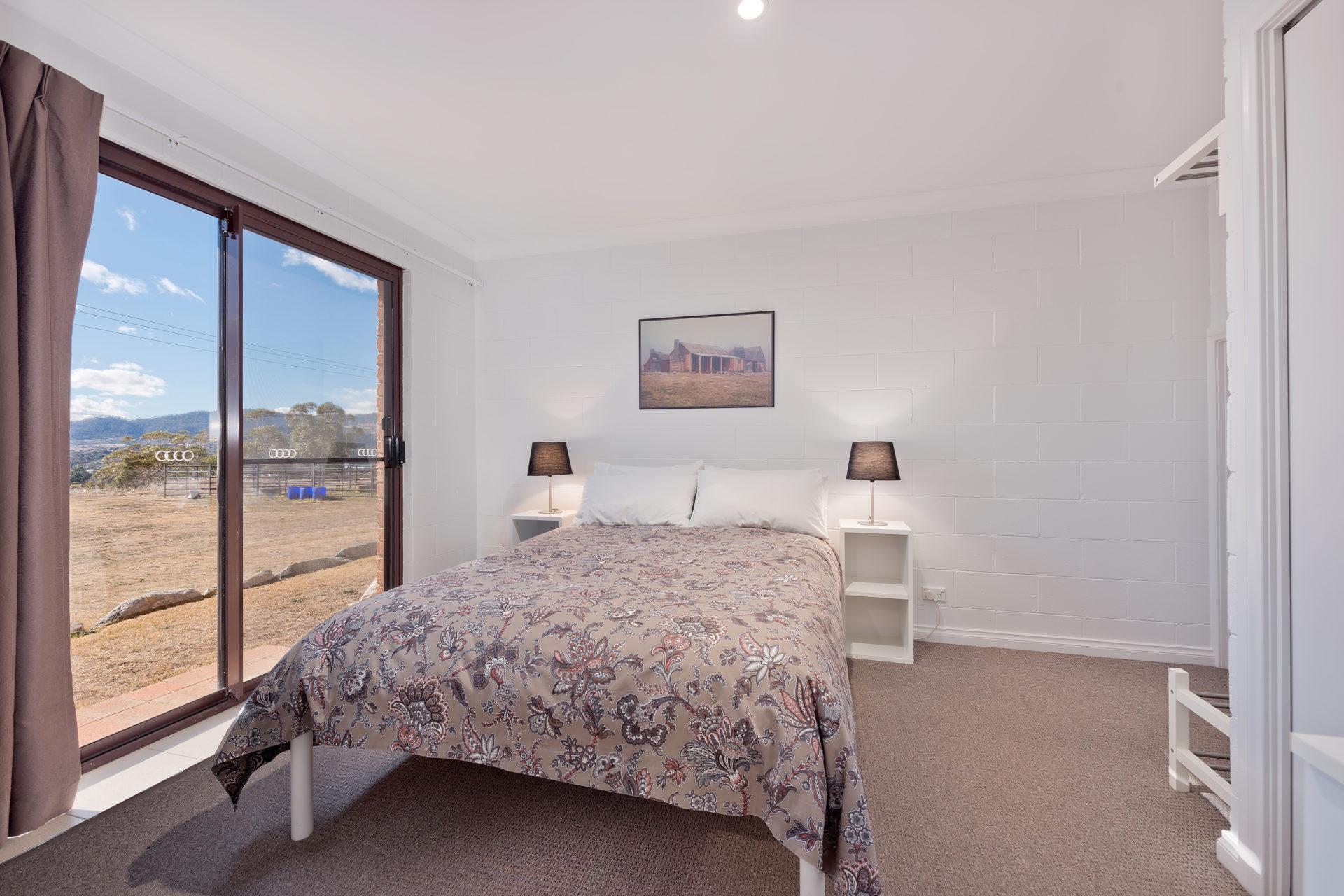 Snowridge 7, Jindabyne - Bedroom