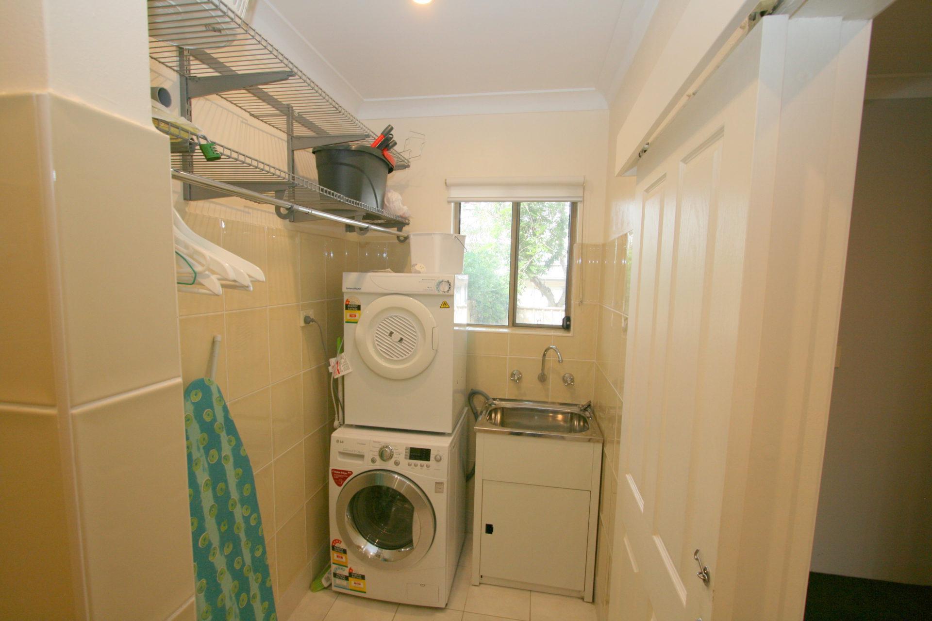 Jillamatong, Jindabyne - Laundry
