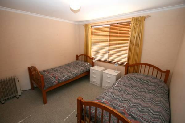 3/9 Park Road, Jindabyne - Bedroom 2
