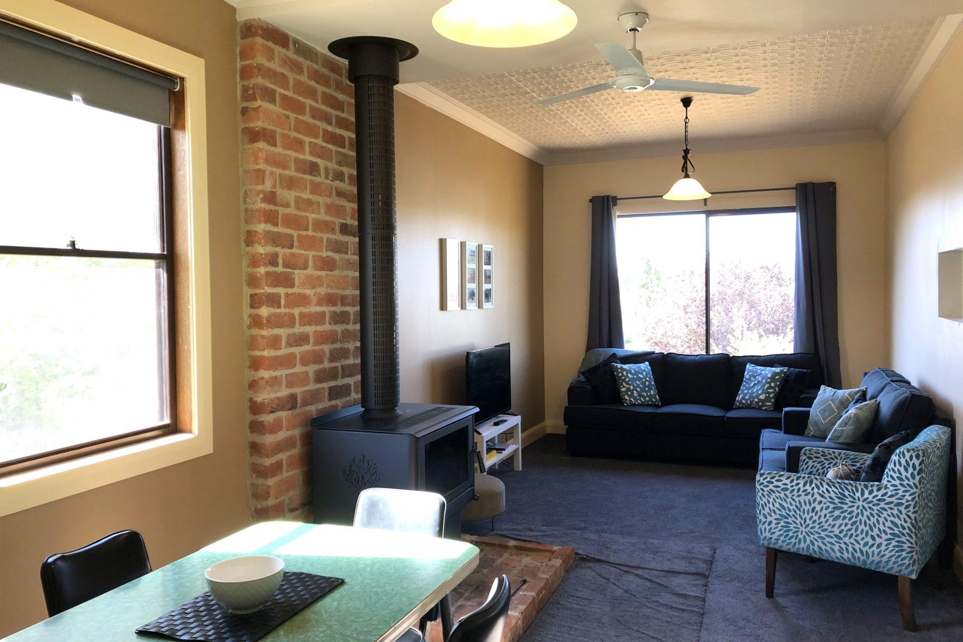 Pud's Place, Adaminaby - Living Room