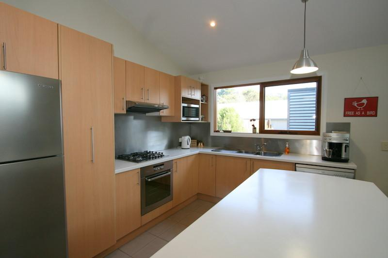 Crickers, Jindabyne - Kitchen