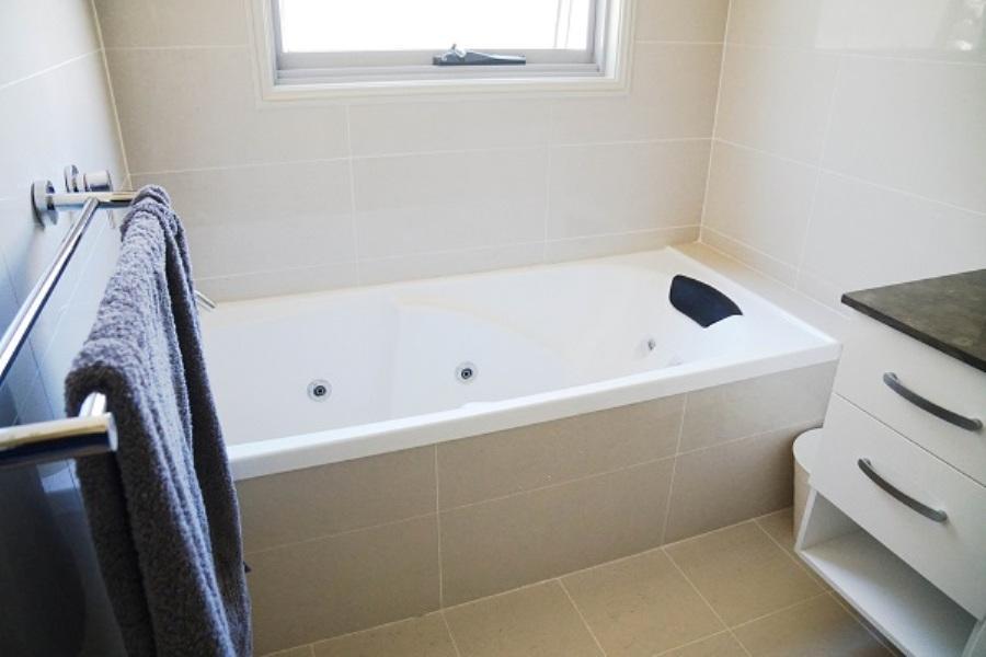 Alpine Air, Jindabyne - Bathroom