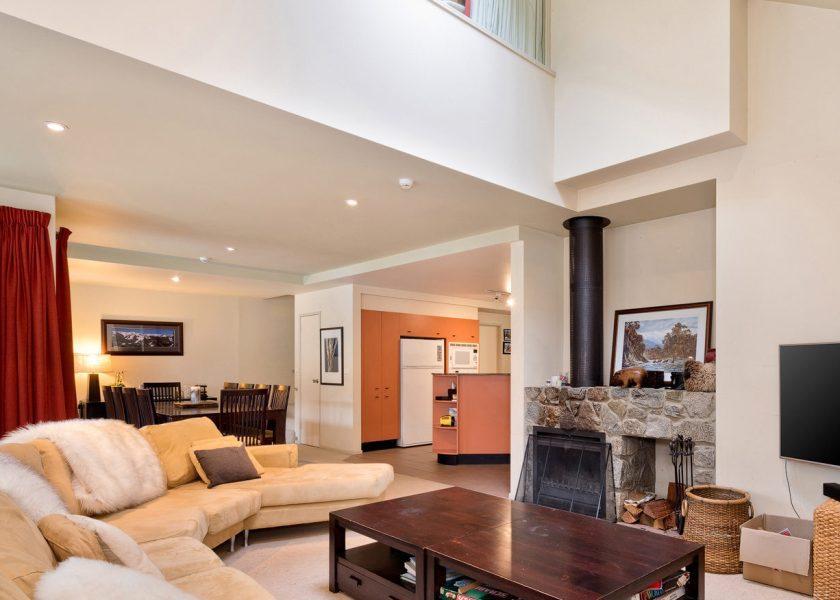 Aspect 5, Thredbo - 3 bedroom & loft apartment