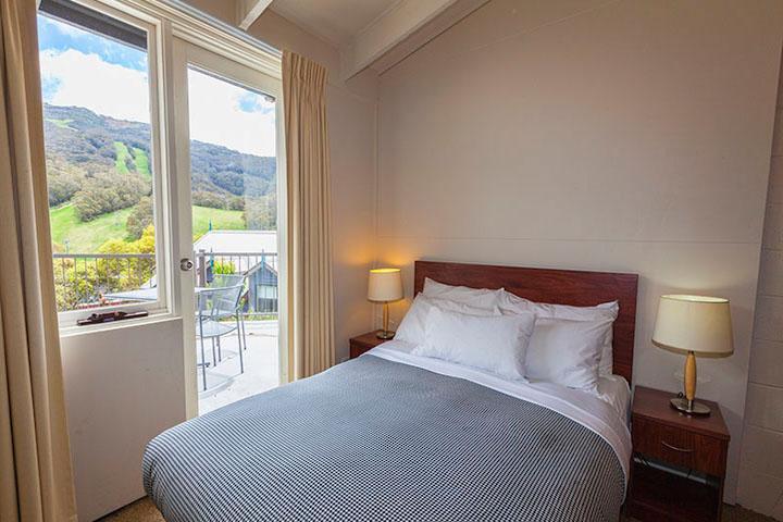 The Denman Hotel, Thredbo - Balcony Room