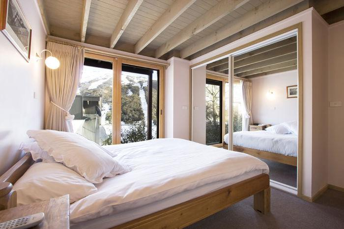 Banjo Townhouse 6, Thredbo - Bedroom