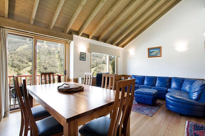 Banjo Townhouse 6, Thredbo - Living Room