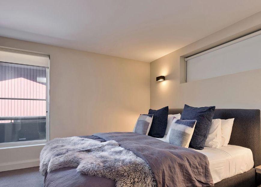 Peak Apartment 5