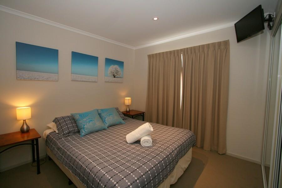 Boronia 5, Jindabyne - Bedroom 4