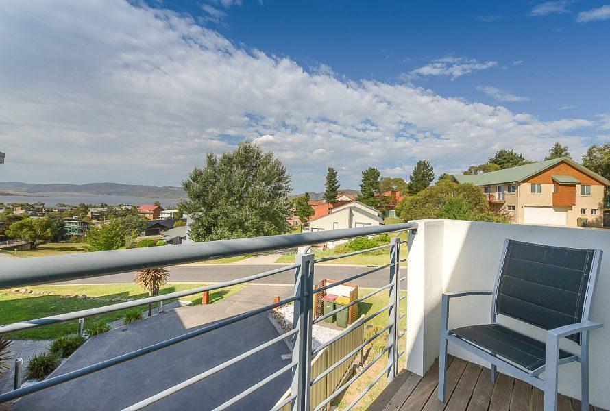 Beloka Close, Jindabyne - Balcony & View