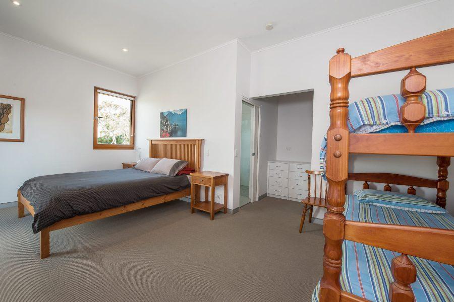 Beloka Close, Jindabyne - Bedroom 1