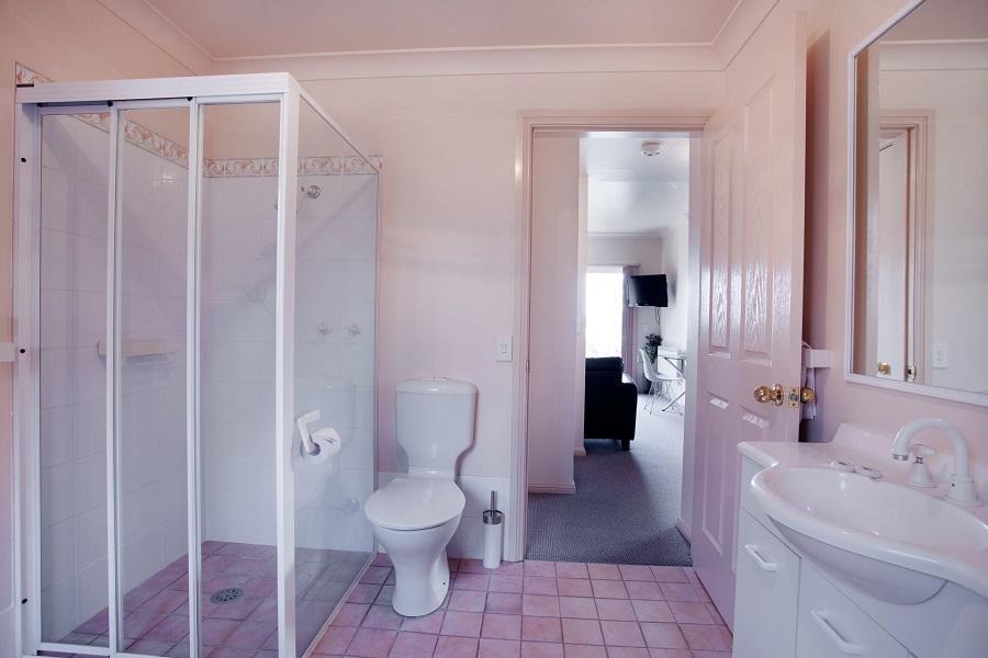Beloka 2, Jindabyne - Bathroom