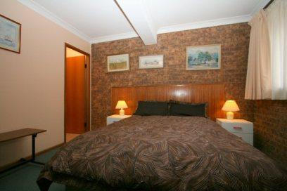 Bennys 3, Jindabyne - Bedroom 1