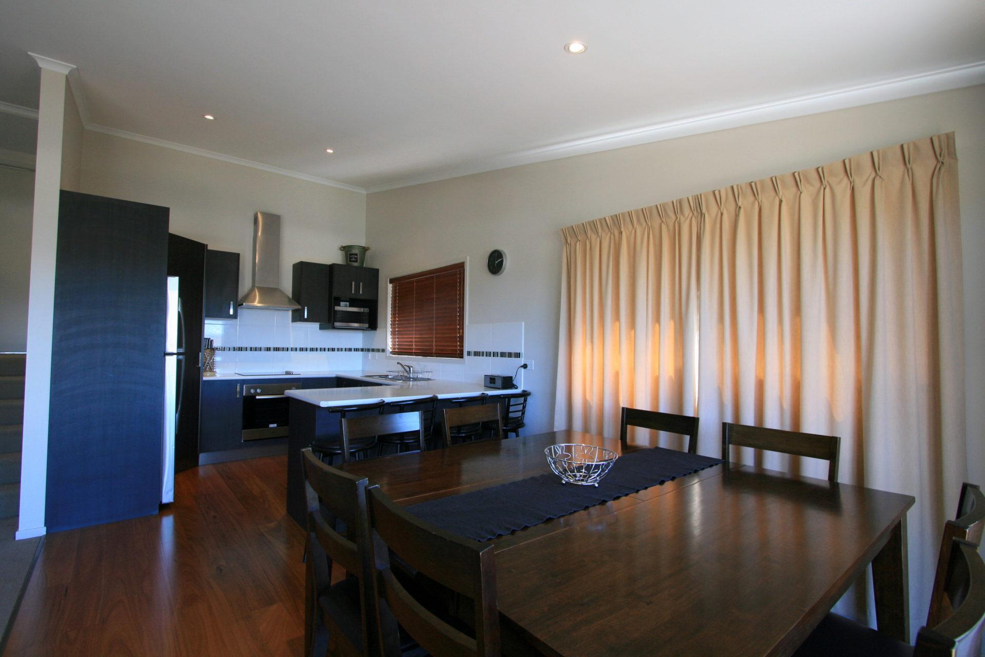 Boronia 6, Jindabyne - Dining and Kitchen