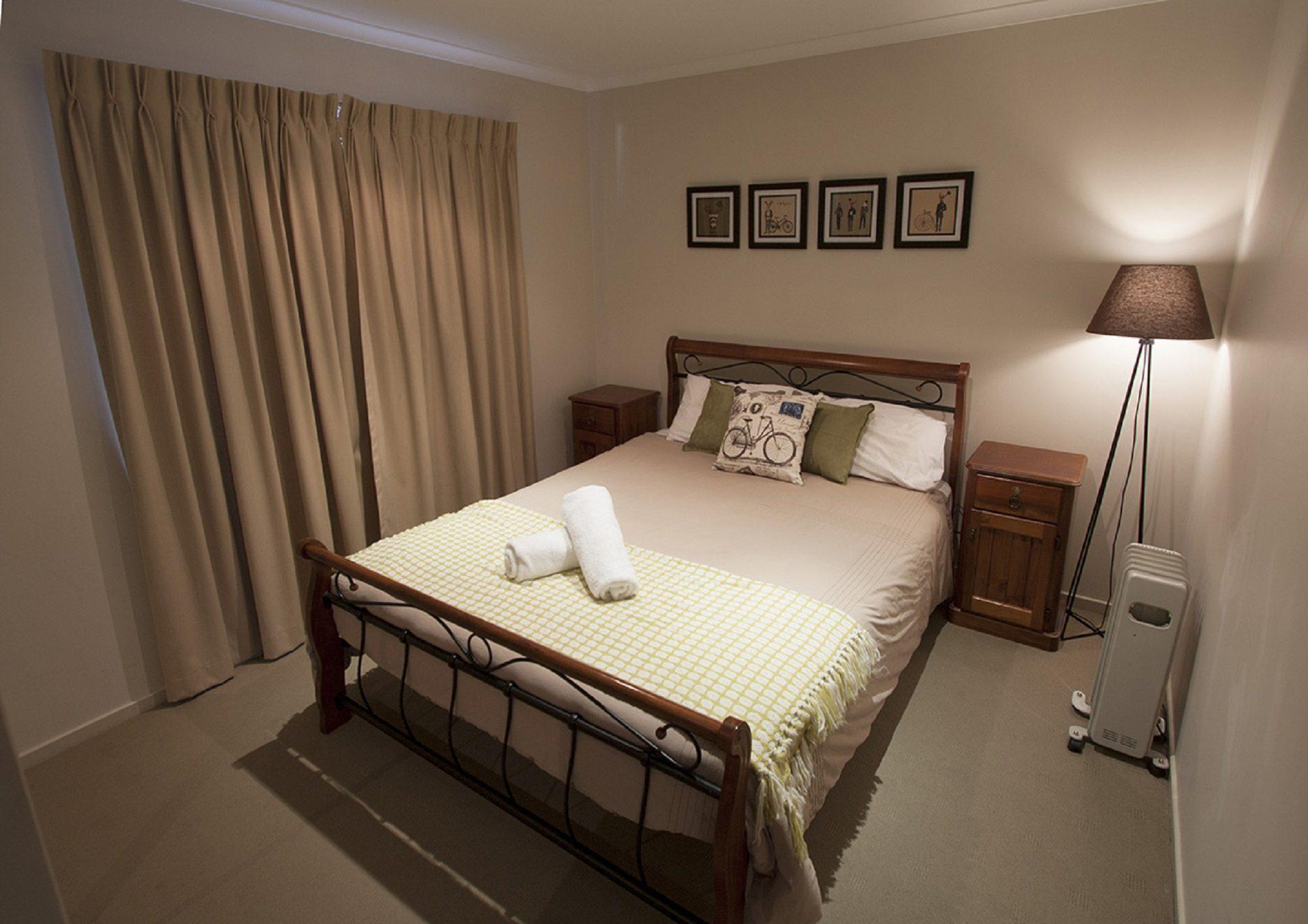 Boronia 7, Jindabyne - Bedroom 3