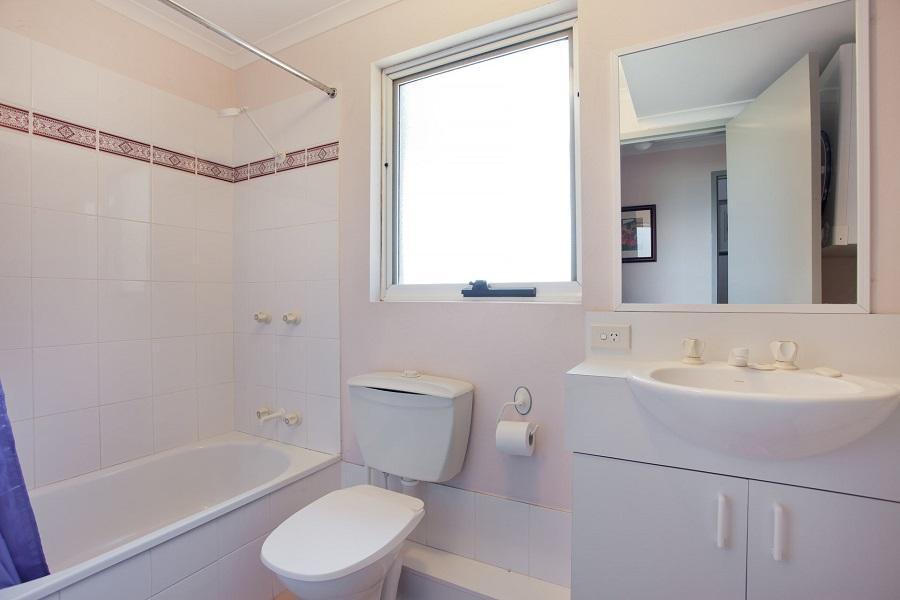 Cascades 13, Jindabyne - Bathroom 2