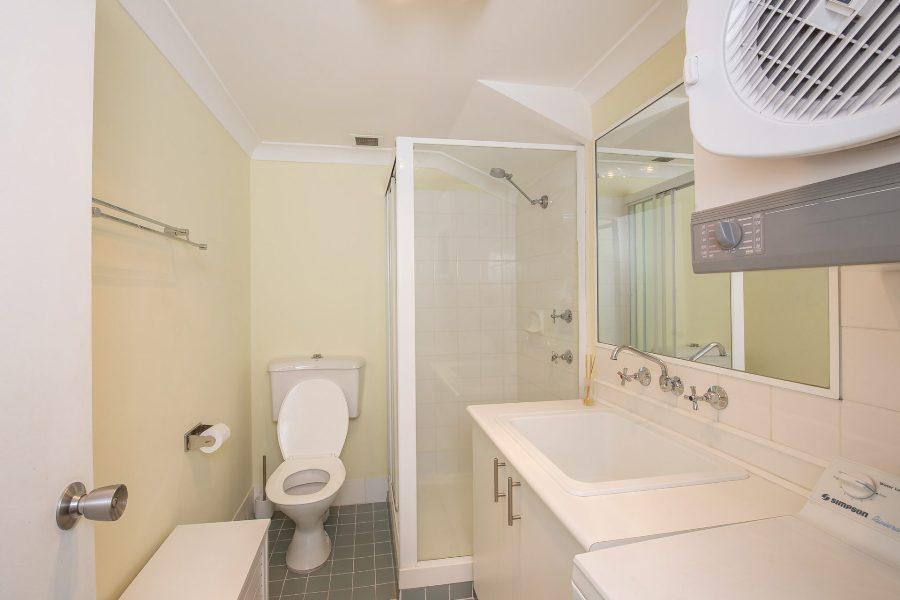 Central Abode, Jindabyne - Bathroom