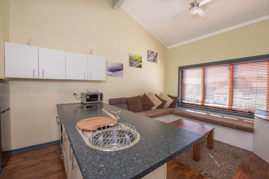 Central Abode, Jindabyne - Kitchen