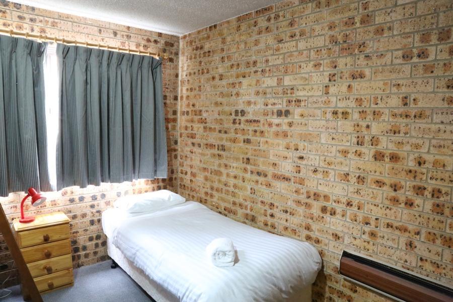 Central Park 8, Jindabyne - Bedroom 2