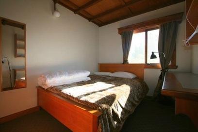 Chalet Rene, Jindabyne - Bedroom