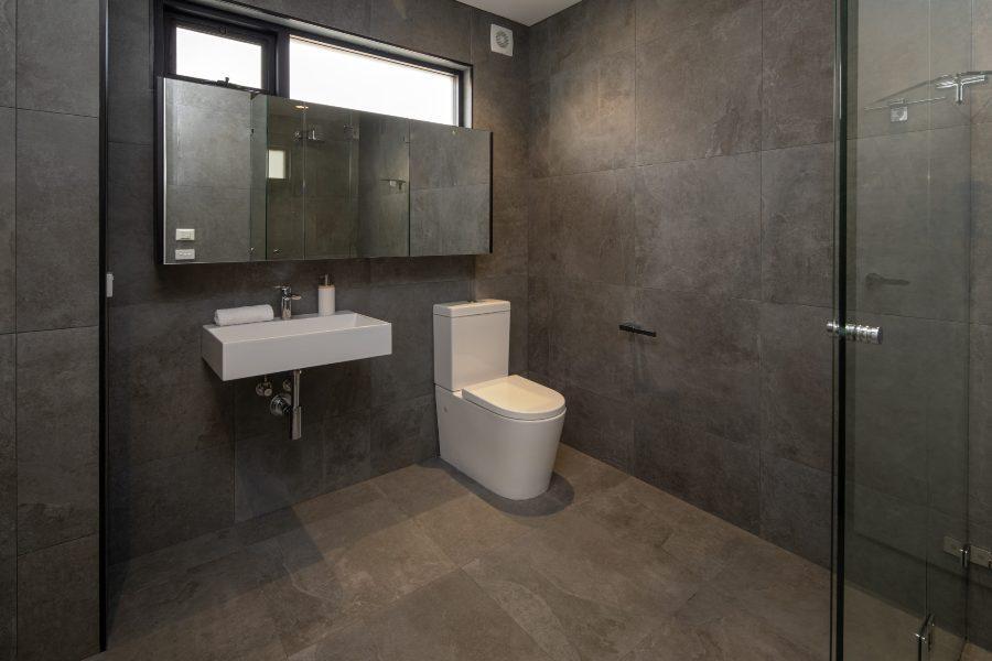 Chilam C, Jindabyne - Bathroom 2