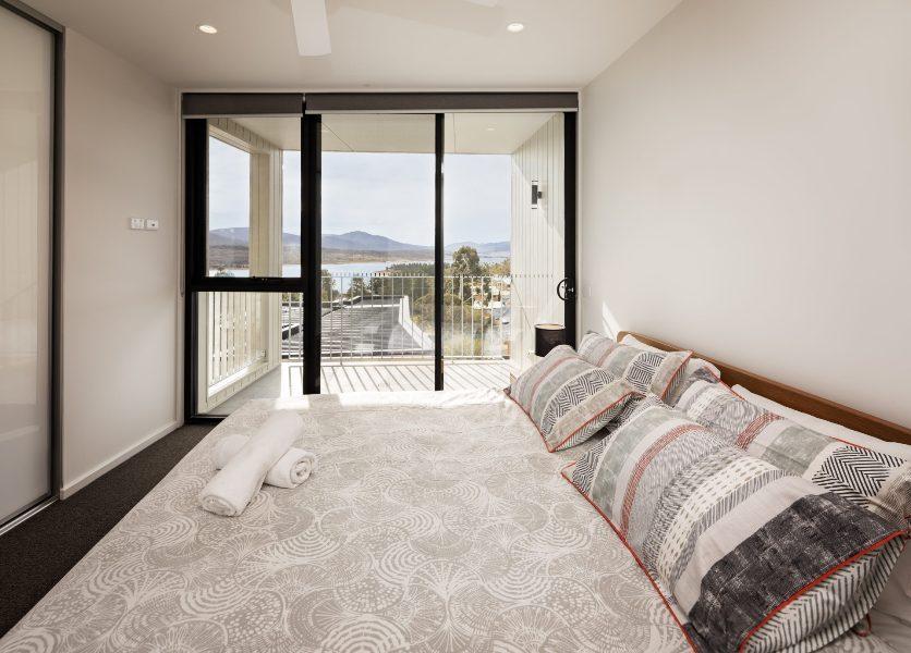 Chilam C, Jindabyne - Master Bedroom
