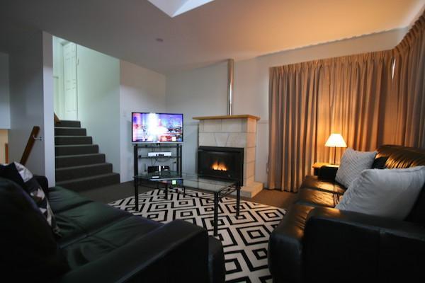 Dromaius 2, Jindabyne - Living Room