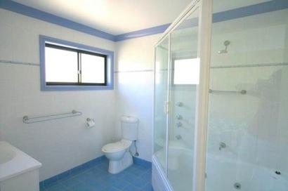 Dromaius 7, Jindabyne - Bathroom