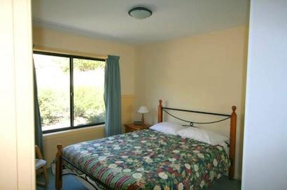 Dromaius 7, Jindabyne - Bedroom