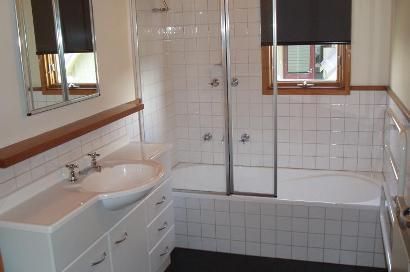 Eagles Nest, Hotham - Bathroom