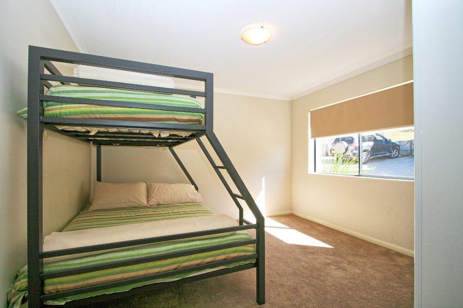 Eclipse 13, Jindabyne - Bedroom 2