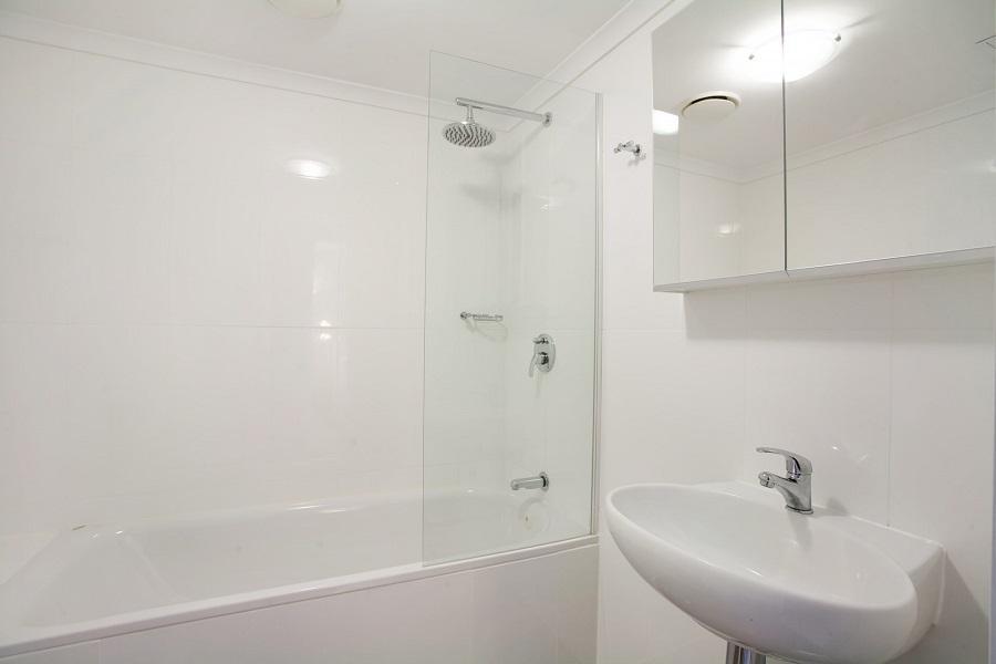 Edge 6, Jindabyne - Bathroom