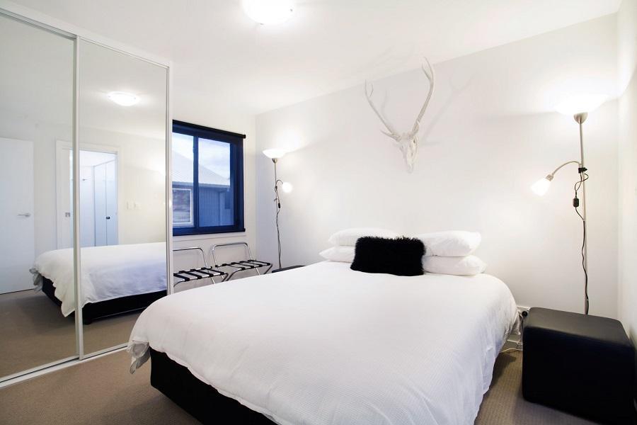 Edge 6, Jindabyne - Bedroom 1