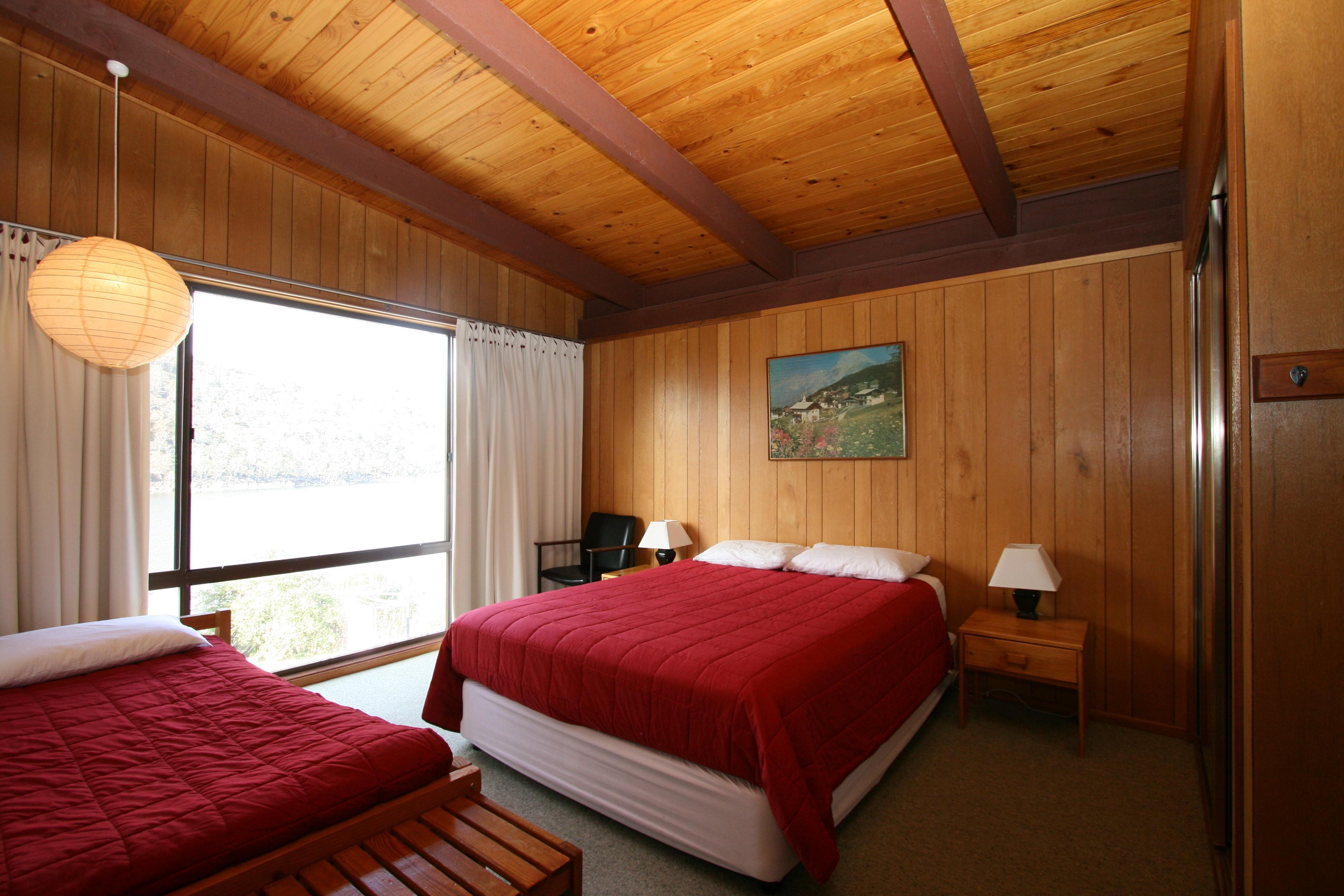 Grindelwald 1, Jindabyne - Bedroom 1