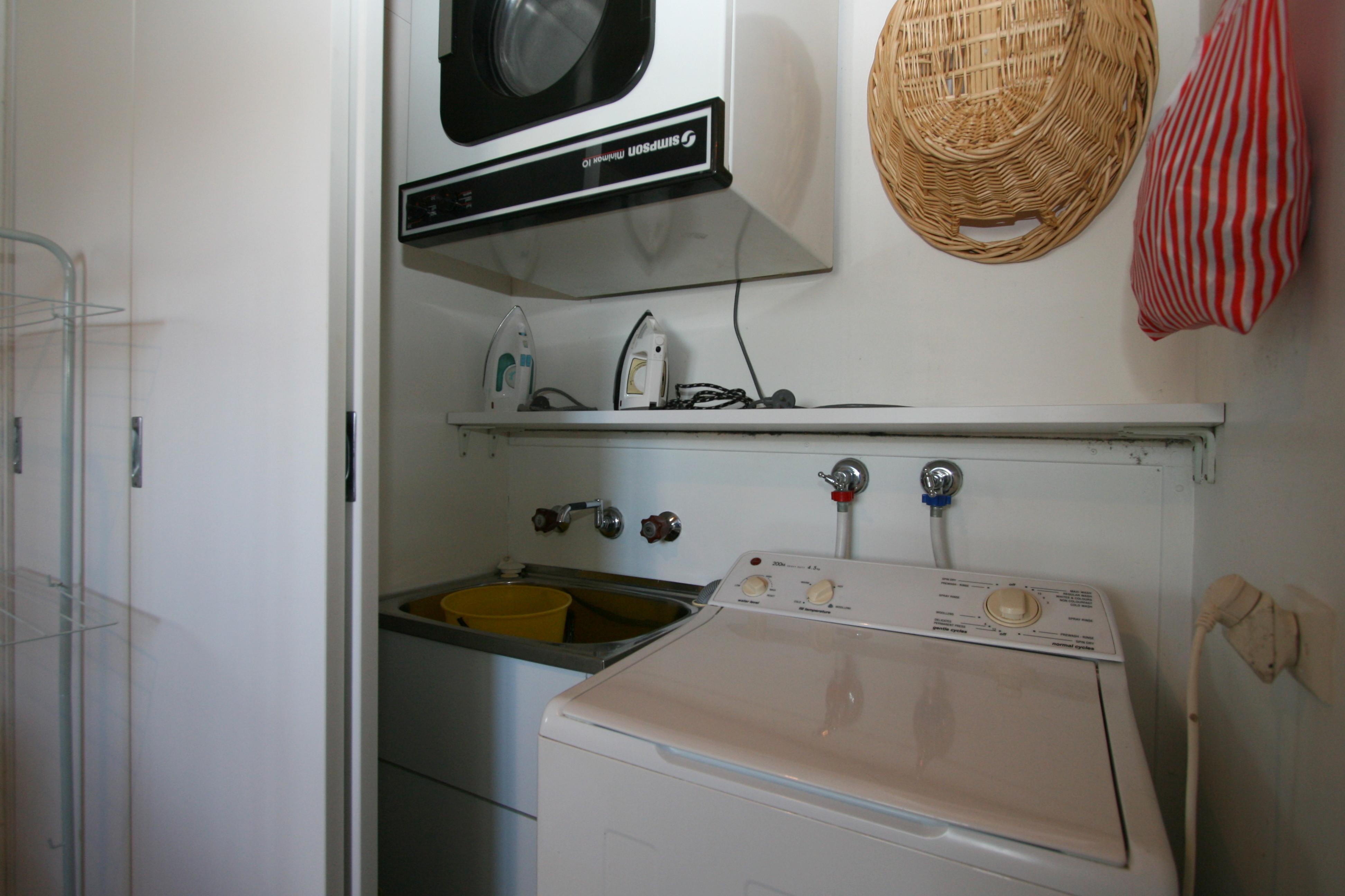 Grindelwald 1, Jindabyne - Laundry