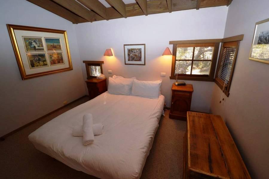 High Plains, Thredbo - Bedroom 1
