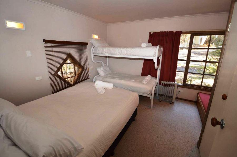 High Plains, Thredbo - Bedroom 2
